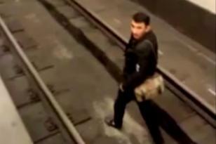 Özünü metroda qatar yoluna atan şəxsin kimliyi məlum oldu – RƏSMİ