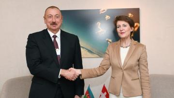 İlham Əliyev İsveçrə Prezidenti ilə görüşdü