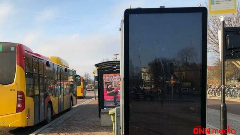 Avtobus monitorlarında porno görüntülər nümayiş etdirildi – RƏHBƏRLİK ÜZR İSTƏDİ