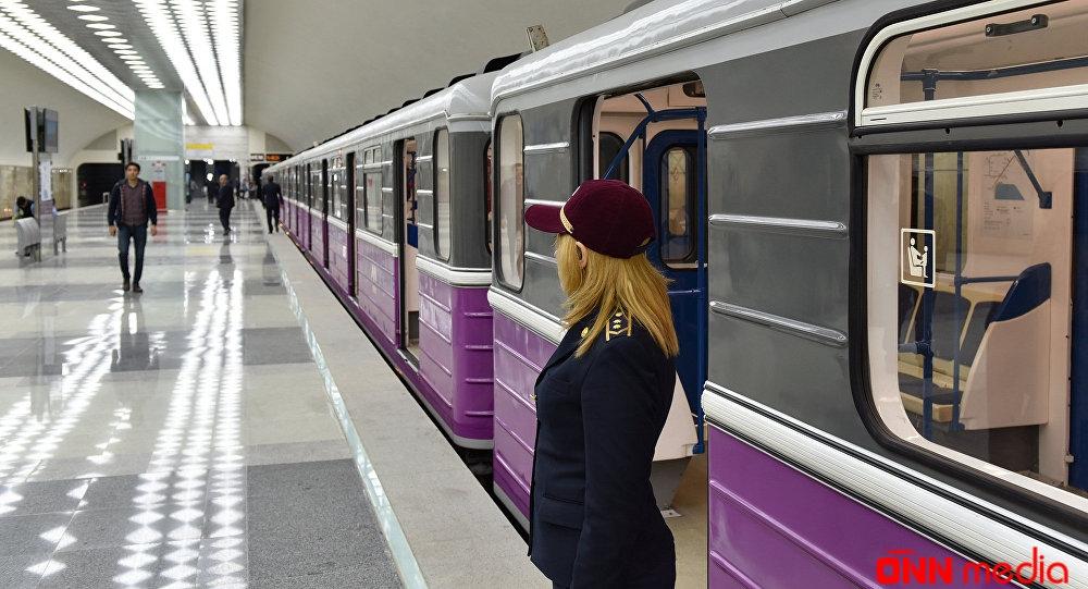 Bakı metrosunda HƏYƏCANLI ANLAR
