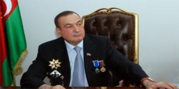 Eldaq Quliyev seçiciləri təhdid edir?