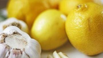 Limon suyunu sarımsaqla qarışdırıb için – 2 gün sonra…