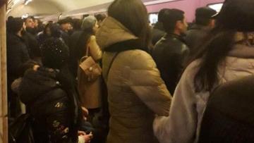 Bakı metrosunda OLAY – Yeni qatars…
