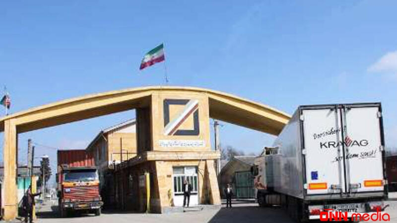 Azərbaycan İranla sərhəddi gücləndirdi