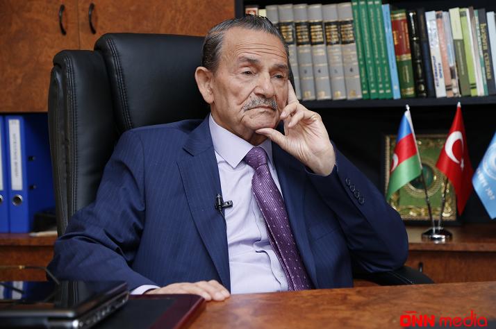 """""""91-lər""""dən məşhur professor prezidentə dəstək oldu!"""