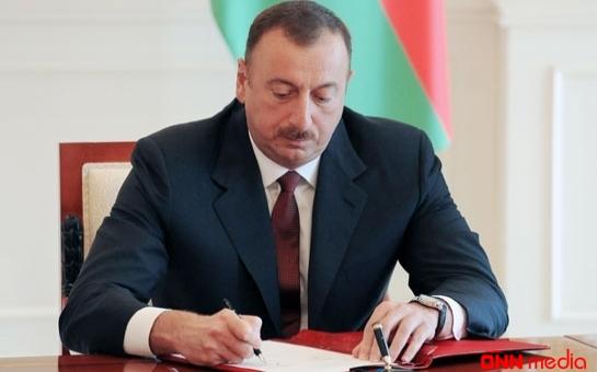 İlham Əliyev rektoru vəzifəsindən azad etdi