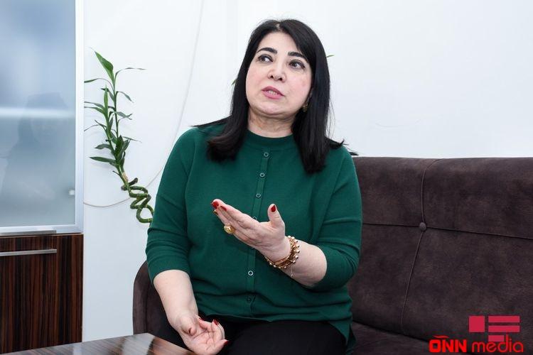 """Habil Əliyevin koronavirusa yoluxan qızı danışdı: """"Qorxuram"""" – FOTO"""