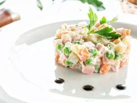Klassik Olivye salatının – HAZIRLANMASI
