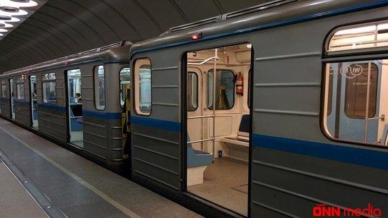Metroda hadisə- Polis və sərnişin arasında dava