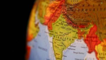 Çin Hindistanı işğal edir: onlarla ölü var