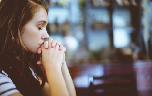 Harvard alimləri müəyyənləşdirdi – Hansı duyğu bizi pis vərdişlərə sövq edir?