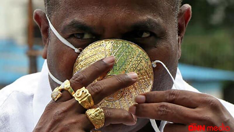 Özünə 6600 manatlıq qızıl maska düzəltdirdi