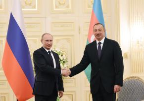 İlham Əliyev və Vladimir Putin arasında telefon danışığı oldu: Nələr müzakirə edildi?