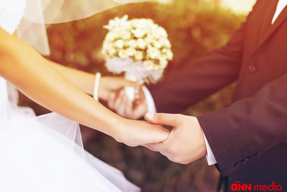 Əcnəbilərlə bağlanan nikahların sayı açıqlandı