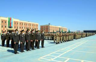 Azərbaycan Ordusunun əsgərləri AND İÇDİ