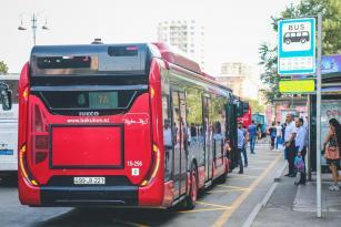 Bakıda avtobuslar üçün xüsusi zolaqlar çəkiləcək