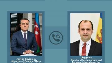 Ceyhun Bayramov moldovalı həmkarı ilə danışdı