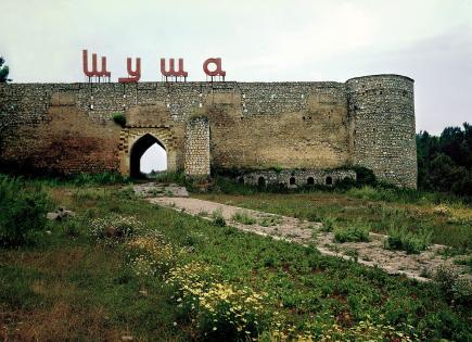 Rusiyalı milyarder Bakıdan icazəsiz Şuşaya gəldi və…