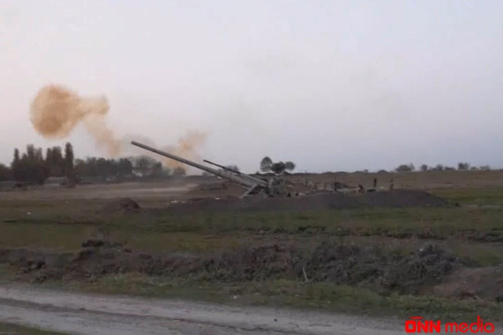 Gecə və gündüz artilleriya atışları (VİDEO)