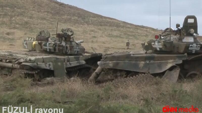 Ermənilərin Füzulidə atıb qaçdığı tankların görüntüləri – VİDEO