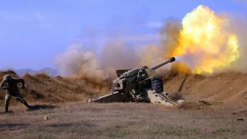 Artilleriyaçılarımız düşmənin atəş nöqtələrini belə vurur – VİDEO