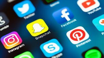"""""""Facebook"""", """"Instagram"""" və """"WhatsApp"""" ÇÖKDÜ"""