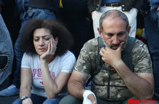 Paşinyanın arvadının görüntüləri Ermənistanı dəliyə döndərdi – ŞOK FOTO