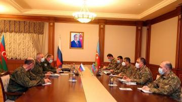 Zakir Həsənov Rusiya sülhməramlılarının komandanı ilə görüşdü