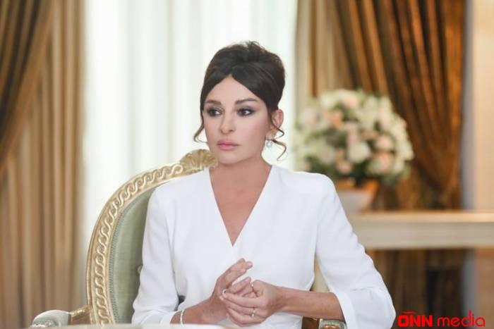 Mehriban Əliyeva Yalçın Rzazadənin ailəsinə başsağlığı verdi