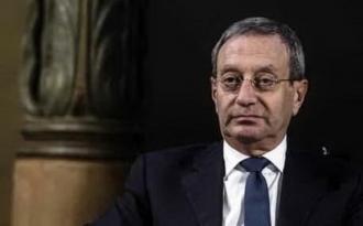 Məşhur siyasətçi intihar etdi – ŞOK OLAY