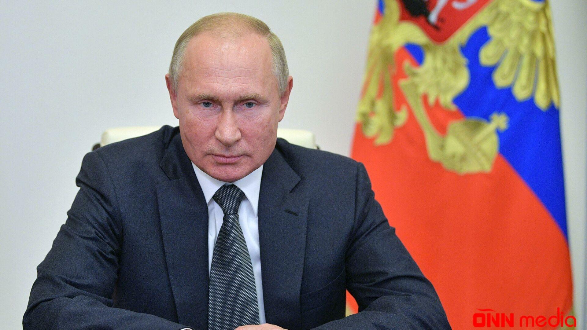 Putin onunla Donbasdan DANIŞDI