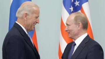 Bayden Putinlə danışdı: Üçüncü ölkədə görüş təklifi…