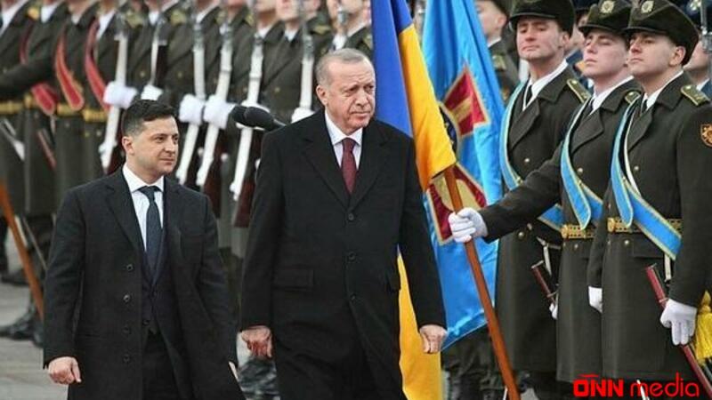 Zelenskinin Türkiyəyə səfəri başladı