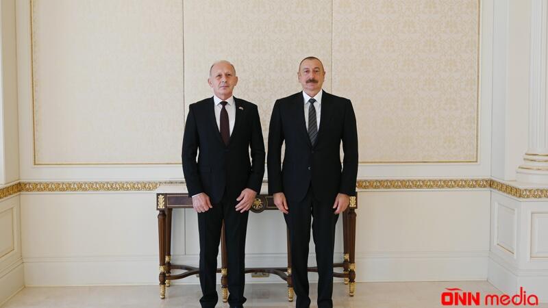 Serbiya Prezidenti İlham Əliyevi ölkəsinə rəsmi səfərə dəvət edib