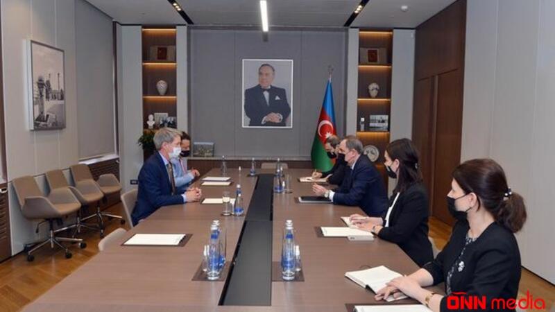 Ceyhun Bayramov Ceyms Şarpı qəbul etdi