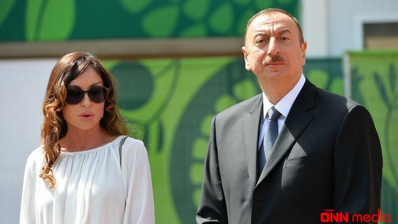 İlham Əliyev və Mehriban Əliyeva Uels-İsveçrə matçını izlədilər
