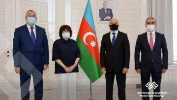 UNESCO-nun sertifikatları Anar Kərimova təqdim edildi