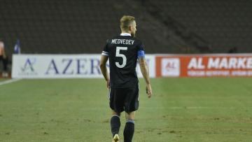 """""""Qarabağ""""ın kapitanı """"Aşdod""""la matçda CƏZALANDIRILDI"""
