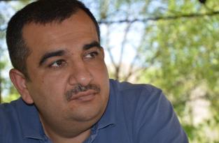 Политический труп с низкой социальной ответственностью – пишет Джавид Исмаил