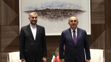 Çavuşoğlu Abdullahiyanla regional məsələləri müzakirə etdi