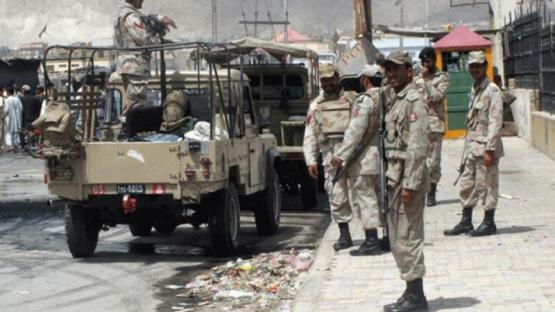 Pakistanda terror: 4 hərbçi həlak oldu