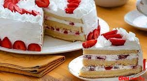 Biskvitli çiyələkli tort resepti