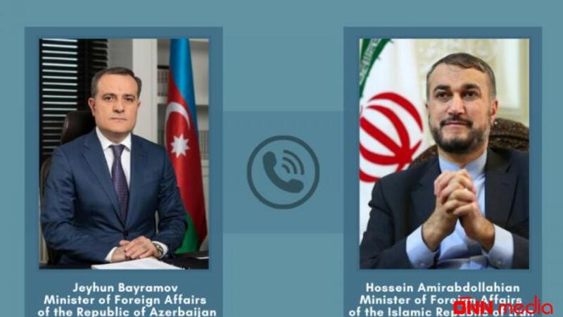 Bayramov İran XİN rəhbəri ilə telefonla danışdı